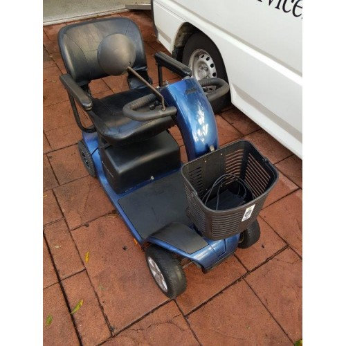 Preloved  pride gogo pull apart type scooter